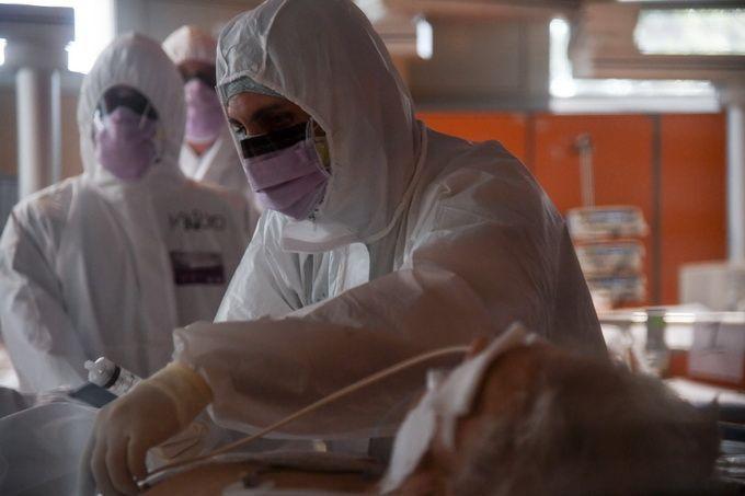 意大利新增确诊病例呈递减趋势,总统马塔雷拉发表讲话