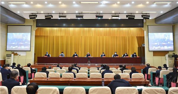市疫情防控工作领导小组召开会议