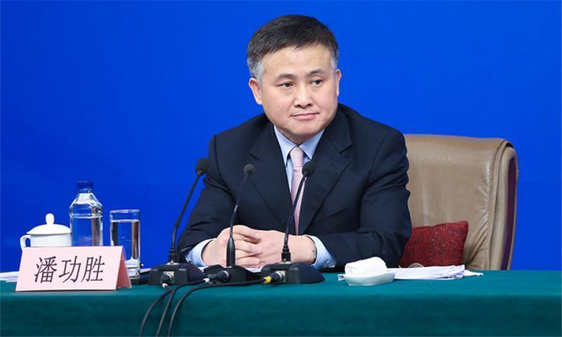 央行副行长潘功胜:疫情缓解后 中国经济会出现补偿性恢复